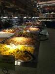 Warme gerechten in de supermarkt in Lower Manhattan