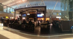 Le Grand Comptoir; the best place on JFK. I hope to see them some day on Schiphol airport